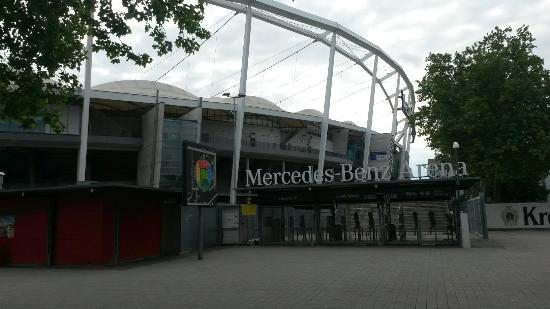 Picture of mercedes benz arena for Mercedes benz stadium atlanta hotels