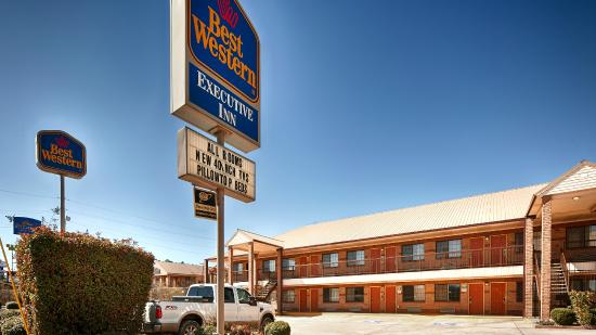 ‪BEST WESTERN Executive Inn‬
