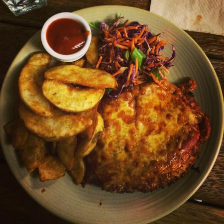 Chicken parmigiana picture of pub on wharf queenstown for Bar food queenstown