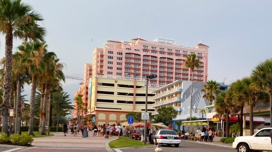 Magnuson Hotel Clearwater Beach: Looking north of the hotel
