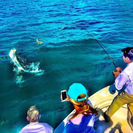 Backcountry fishing charters in marathon and duck key for Middle keys fishing report