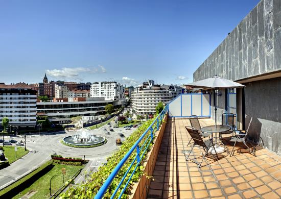 Photo of Aparthotel Campus Oviedo
