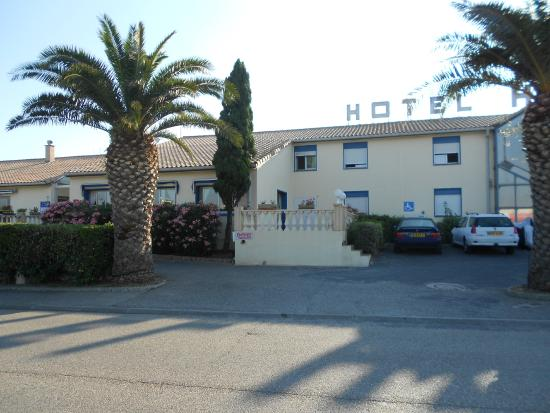 Photo of Hotel Hexagone Narbonne