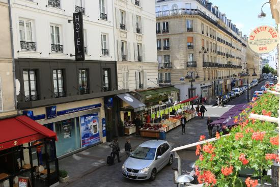 Rue cler is a great area small but only 2 blocks from the for Cler hotel paris