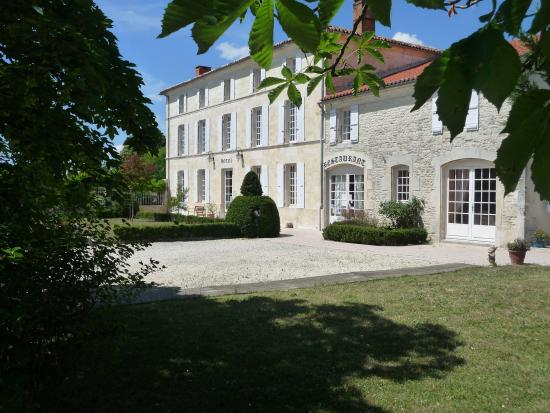 Photo of Domaine du Prieure Tonnay-Boutonne