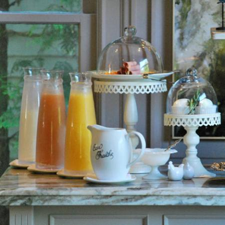 Cecile's House: Breakfast - always fresh and fabulous!