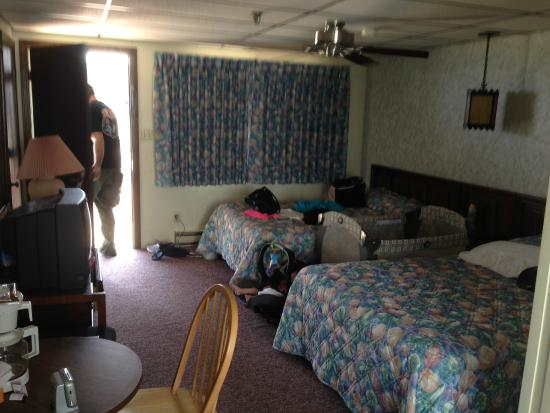 Carolina Resort Motel: Another view of the room