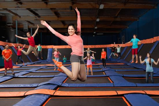 Sky Zone Trampoline Park Plainfield In Hours Address