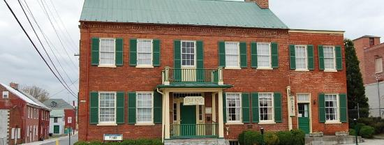 La Belle Photography Martinsburg Wv: Picture Of Haunted History And Legends