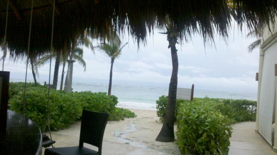 Lunch am strand picture of dreams tulum resort spa for 1201 salon dc reviews