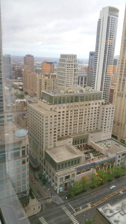 Room picture of hampton inn chicago downtown magnificent for Nice hotels in chicago downtown