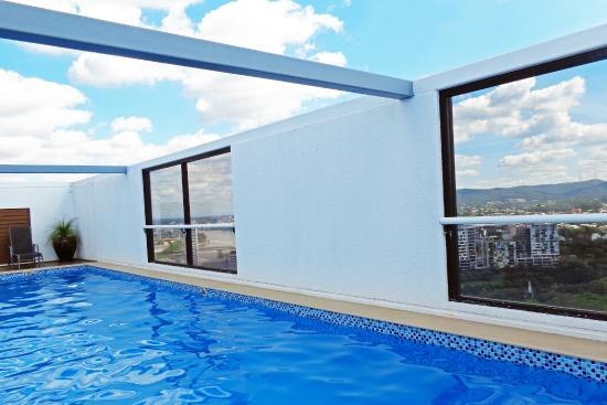 Pool with a view picture of grand chancellor brisbane for 87 wickham terrace