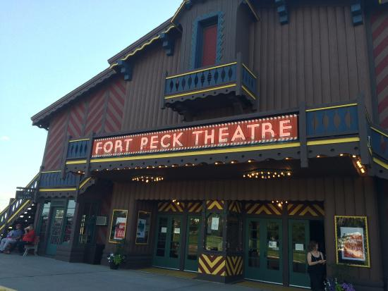 Fort Peck Hotels