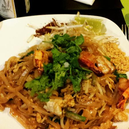 pad tha crevettes une tuerie picture of mali cuisine thai paris tripadvisor. Black Bedroom Furniture Sets. Home Design Ideas