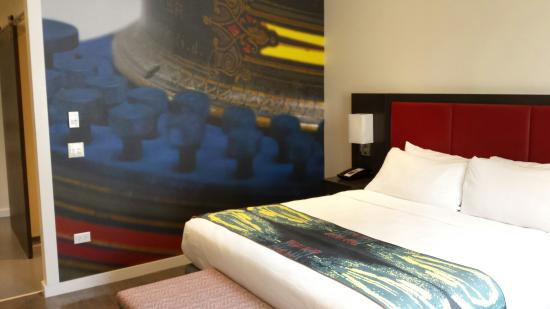 Super Bright Modern Beautiful Comfy Rooms Picture Of Hotel Indigo Newark