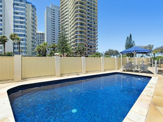 View Pacific Holiday Apartments: Swimming Pool