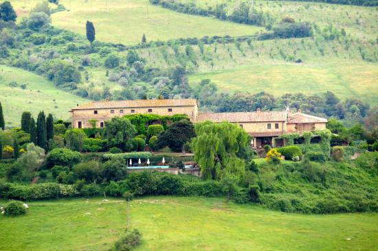 Mansion Le Valli , Holiday apartments with pool