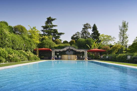 Pool picture of byblos art hotel villa amista corrubbio - Hotels in verona with swimming pool ...