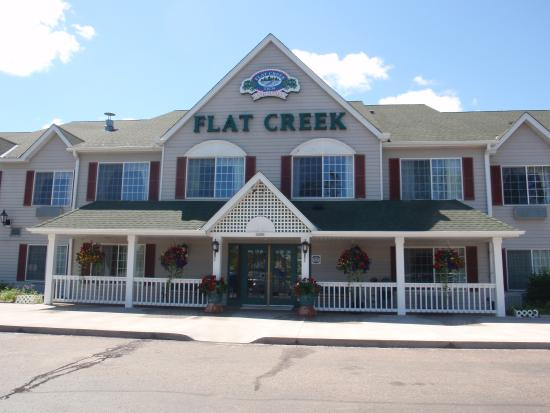 Flat Creek Inn & Suites