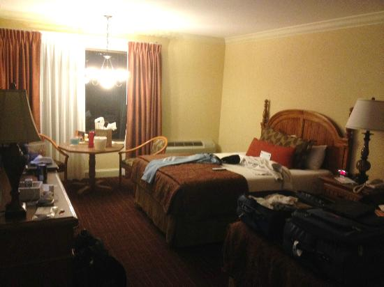 2 Double Beds Picture Of Lombard Motor Inn San