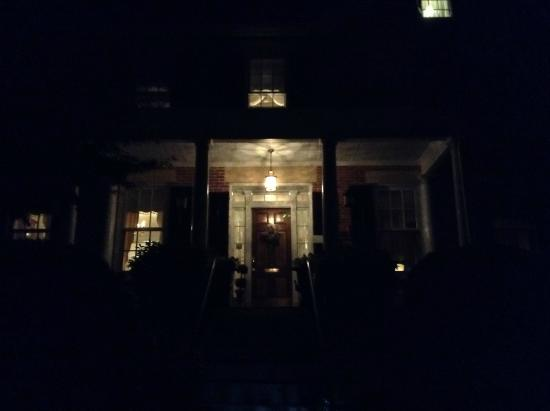 Abbey's High Street Bed and Breakfast: A welcoming home after a night in town