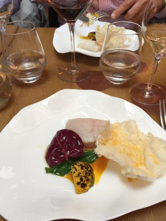 Fish melts in your mouth picture of porte 12 paris for Porte 12 tripadvisor