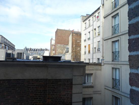 view from window the other way picture of hotel les jardins du marais paris tripadvisor. Black Bedroom Furniture Sets. Home Design Ideas