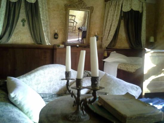 Lovely room picture of domaine de rennebourg saint jean d 39 angely tri - Domaine de rennebourg ...