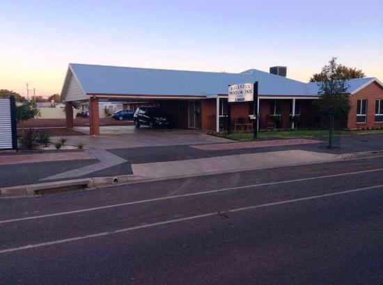 Hillston Motor Inn On High See 80 Reviews And 19 Photos