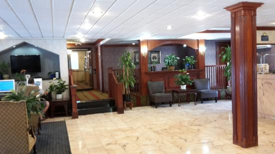 Lobby Picture Of Days Inn Hollywood Universal Studios