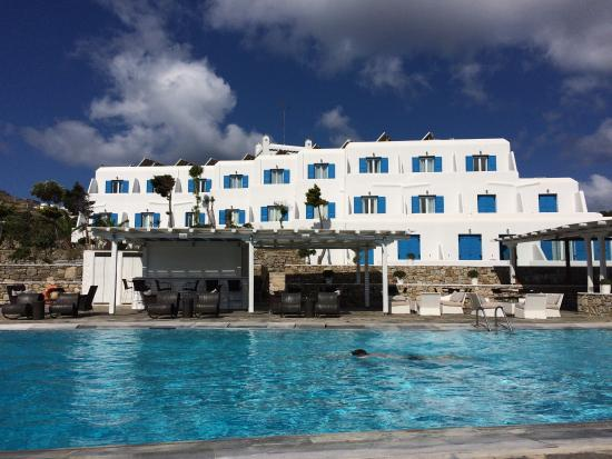Yiannaki Hotel: View from the pool