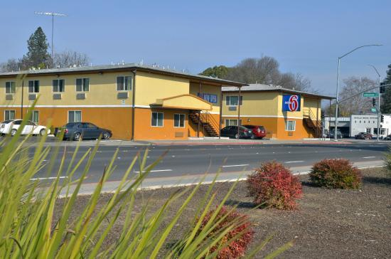 Motel 6 Modesto - Downtown