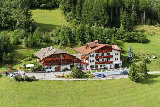 Photo of Piciuel Hotel Ortisei