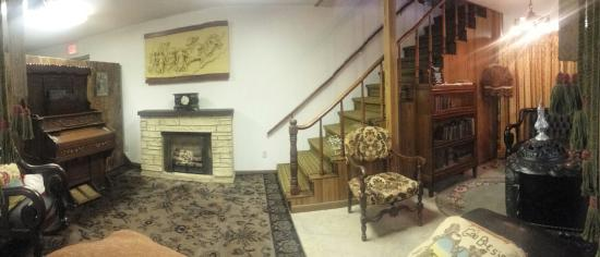 Barton County Historical Museum | 85 S Highway 281, Great Bend, KS, 67530 | +1 (620) 793-5125
