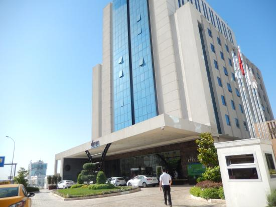 Hotel street view picture of divan hotel gaziantep for Divan hotel gaziantep