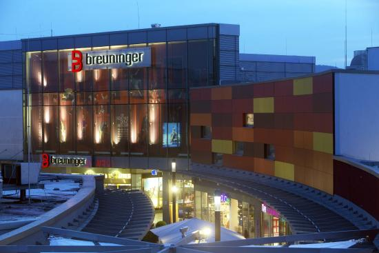 Main taunus zentrum sulzbach taunus germany hours for Top rated boutiques
