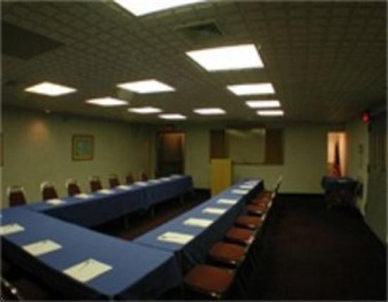Business picture of floral park motor lodge floral park for Floral park motor inn
