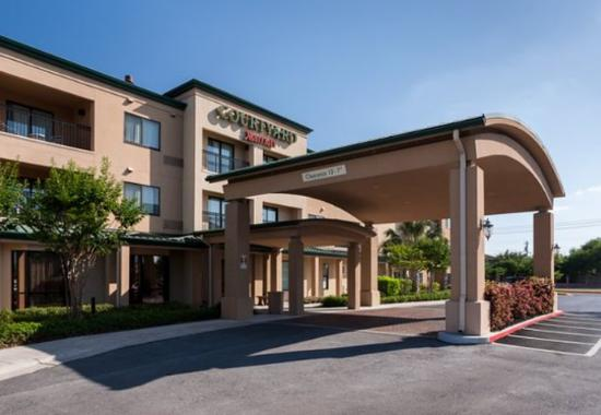 Photo of Courtyard Brownsville