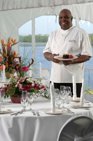 DoubleTree Suites by Hilton Tampa Bay: Bayside Terrace Tent