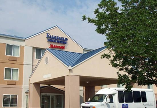 Fairfield Inn Kansas City Airport Photo