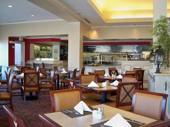 Great American Grill Picture Of Hilton Garden Inn Plymouth Plymouth Tripadvisor