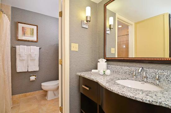 Suite Bathroom Picture Of Homewood Suites By Hilton Chicago Schaumburg Schaumburg Tripadvisor