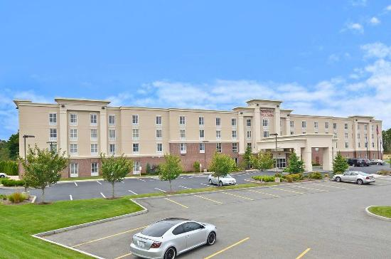 Photo of Hampton Inn & Suites Plymouth