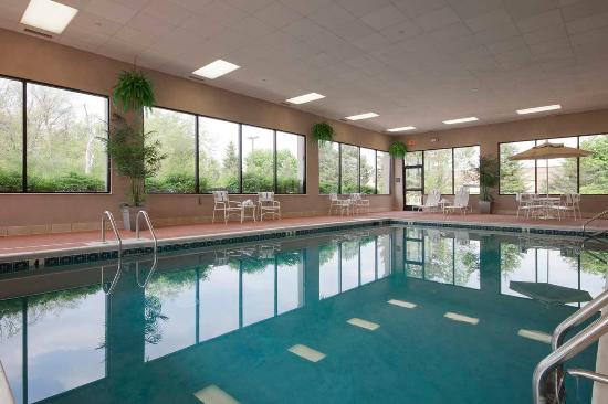 Indoor Pool Picture Of Hampton Inn East Lansing East Lansing Tripadvisor