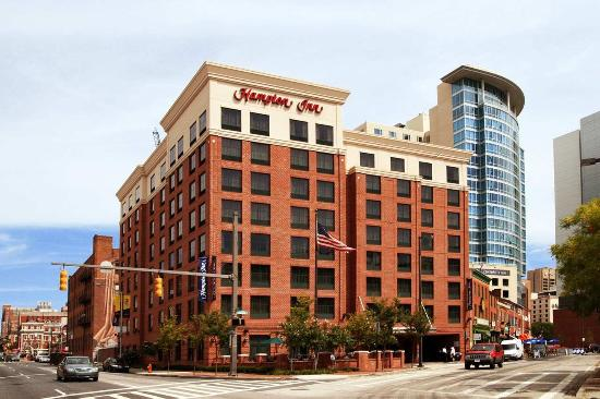 Hampton Inn Baltimore-Downtown-Convention Center Photo