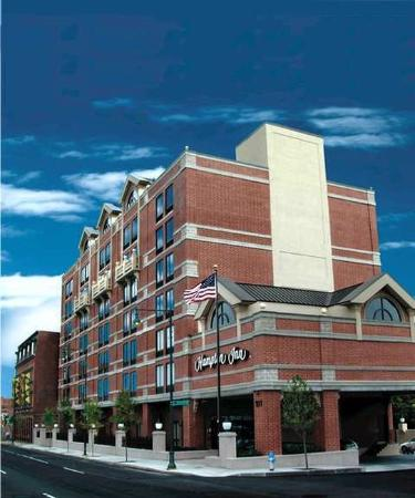 Hampton Inn Boston / Cambridge Hotel