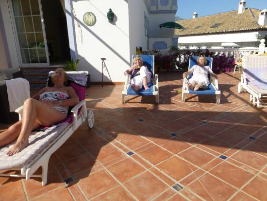 Photo of Las Lolas 3 Bedroom Apartment Marbella