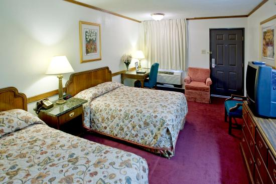 Two Double Beds Picture of Americas Best Value Inn Waco