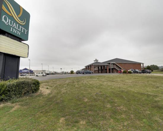 Photo of Quality Inn Russellville