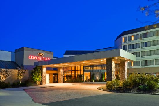 Photo of Crowne Plaza Hotel Fairfield